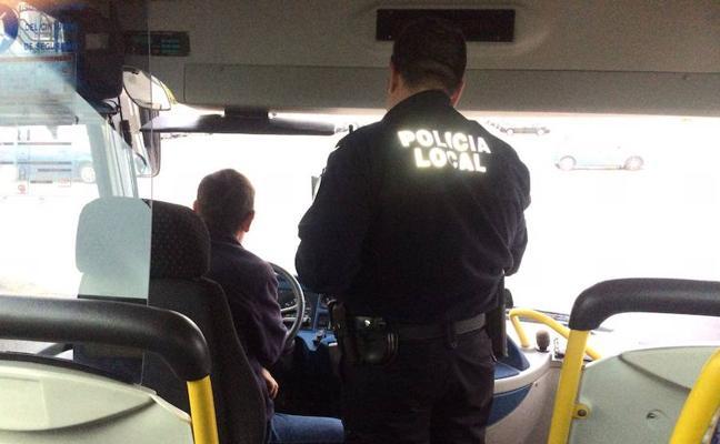 El transporte escolar, objetivo de una nueva campaña de la Policía Local de Adra