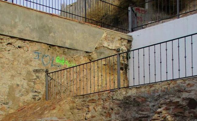 El vandalismo salpica al Molino del Lugar de Adra