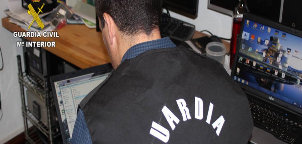 Un hombre de 41 años, detenido en Adra en una macrooperación contra la pornografía infantil