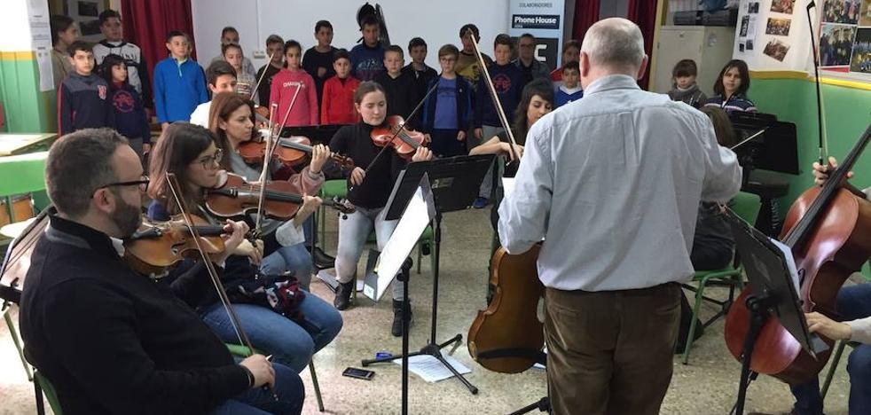 La OCAL se instala en el colegio Pedro de Mena de Adra