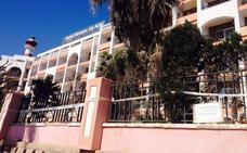 El PSOE sugiere al Ayuntamiento de Adra que compre el hotel