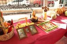 Los agricultores de la comarca exponen los mejores productos de sus huertas en el Concurso de Hortalizas de Santa Ana