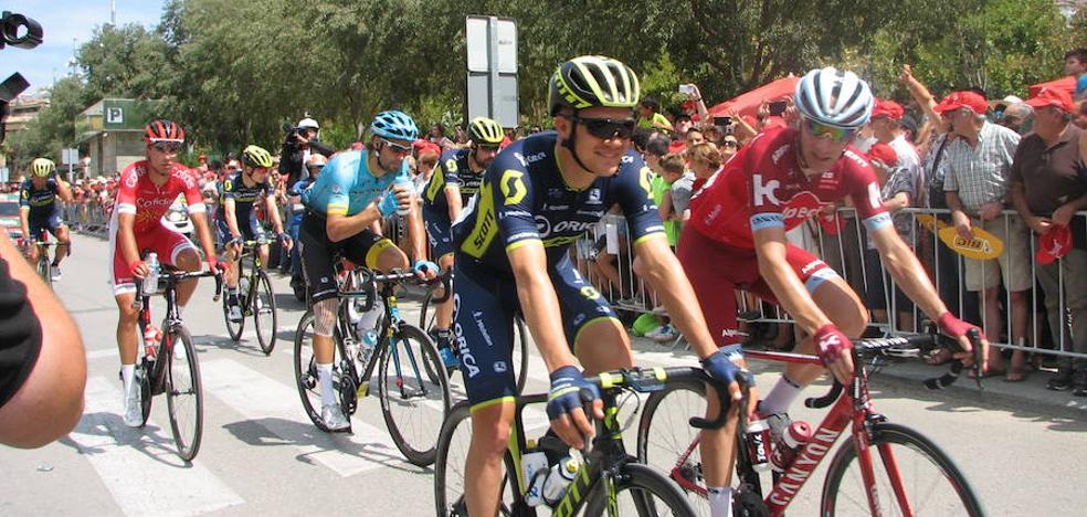 Los alcalaínos se vuelcan con la Vuelta a España