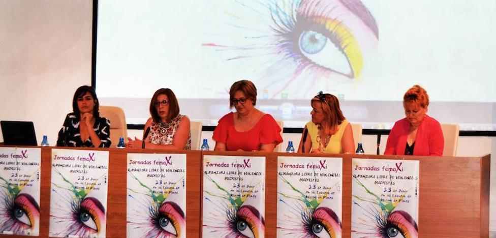 La Federación de Mujeres del Almanzora presenta 'Micromachismos, la violencia invisible'