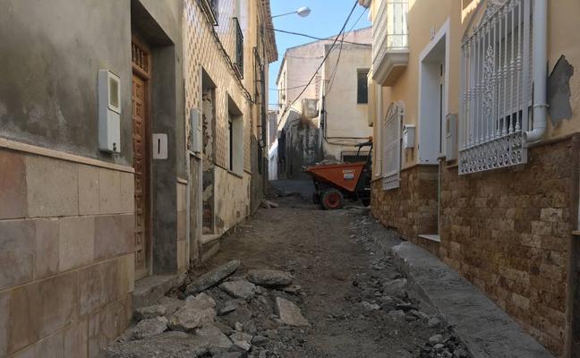 Calles de Albox reciben mejoras encaminadas a hacer una ciudad más amable con el peatón