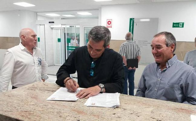 El Consistorio de Arboleas entregó a la Junta el nuevo Centro Médico