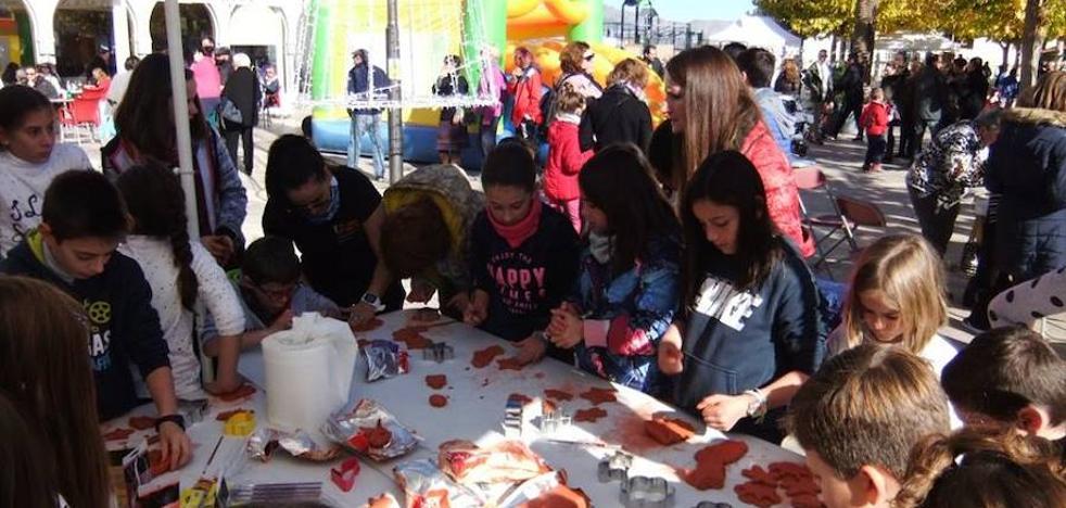 Serón acogió la actividad 'La Plaza en Paz' con gran participación