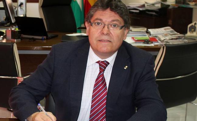 Abren juicio oral contra el exalcalde de Albox por gastar 2.000 euros de dinero público en viajes privados