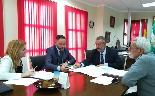 La Junta y Ayuntamiento de Albox acuerdan la cesión de un local para trasladar la Oficina de Empleo