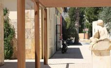 Recogida de firmas para denunciar el cierrede la oficina de Diputación en Cantoria