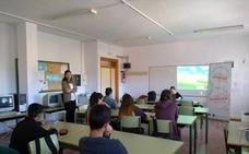 Alumnos del IES Entresierras de Purchena aprenden a crear empresas y modelos de negocio viables