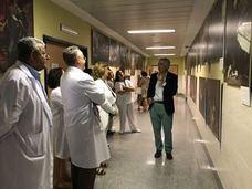 Una exposición en el hospital Alto Guadalquivir muestra la evolución de la medicina