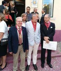 El escultor Miguel Fuentes del Olmo pronuncia un discurso en la Academia de Letras y Arte de Portugal