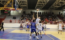 El CB Andújar Jaén Paraíso Interior pierde 65-83 ante el Medacbasket en un gris partido