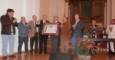 El médico mengibareño Eduardo Polaina recibe el galardón 'Peregrino del Año'