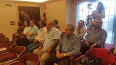 Los afectados por el mal estado de la carretera de Valtodano denuncian que la CHG no ha iniciado las obras comprometidas