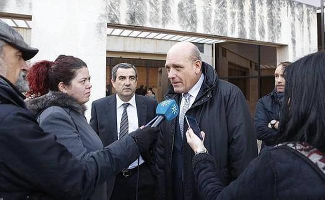 Gerardo Sánchez desmiente que Ayllón realizase ninguna gestión para que se autorice un nuevo carril en la rotonda del Parque Albán