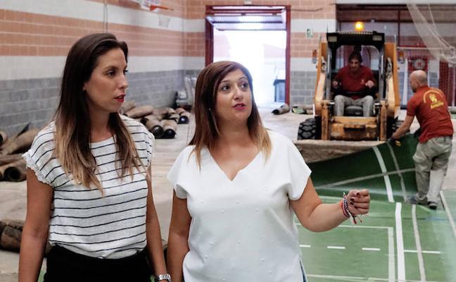 """El Ayuntamiento de Armilla renueva el pavimento del """"Rafael Machado Villar"""" de cara a la nueva temporada deportiva"""