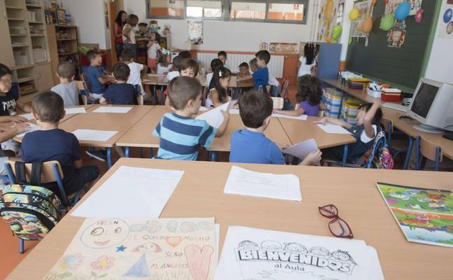 Más de 1.700 niños y niñas comienzan en Armilla el curso escolar con normalidad