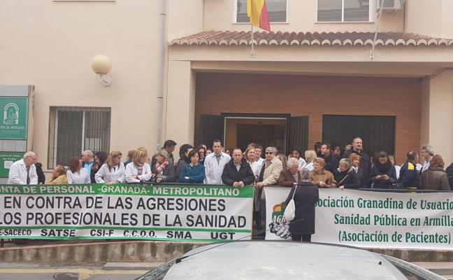 Condenan con una concentración la agresión a una médica de Armilla