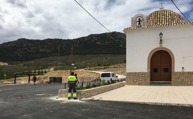 El Ayuntamiento de La Puebla culmina un plan de mejora de calles y plazas