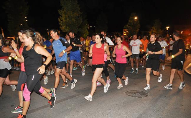 Hoy en Baza se celebra la Carrera Nocturna Solidaria
