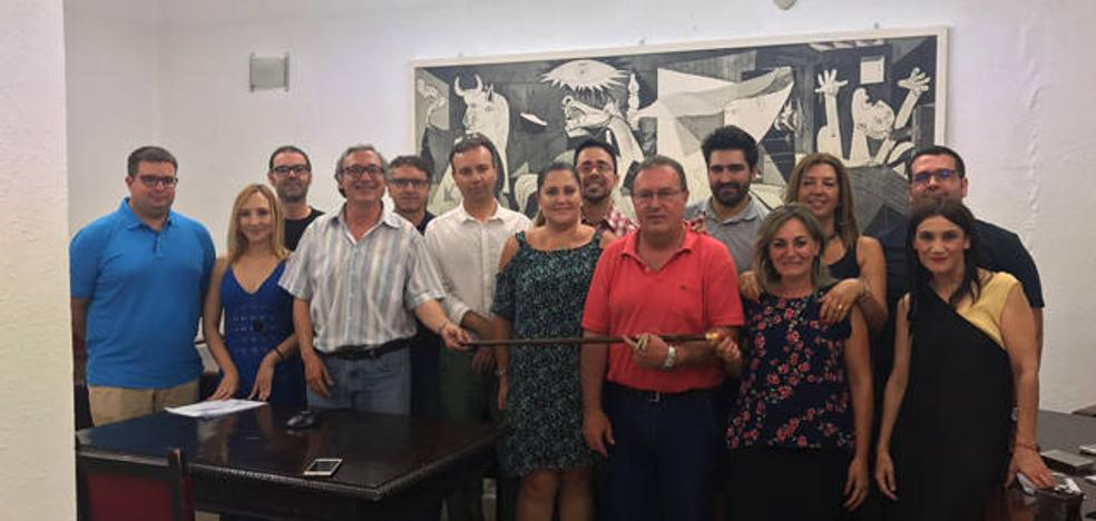 El socialista Juan José Pérez sustituye a Antonio González al frente de la alcaldía de Zújar