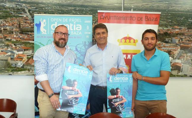 La IV edición del Open de Pádel Dentia ofrecerá una exhibición de Paquito Navarro y Sanyo Gutiérrez