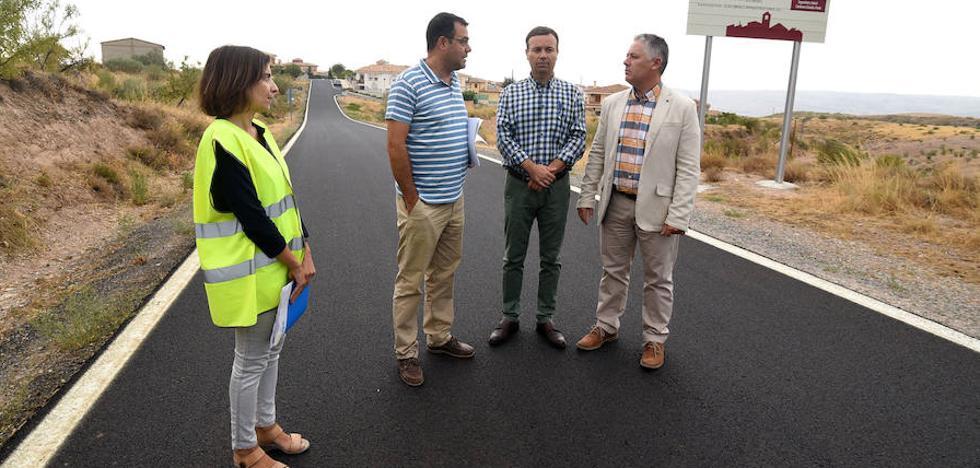 La Diputación finaliza las obras de mejora de la carretera de Freila