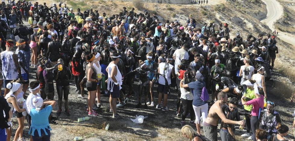 13.000 bastetanos impiden que Cascamorras se lleve la a la patrona de Baza