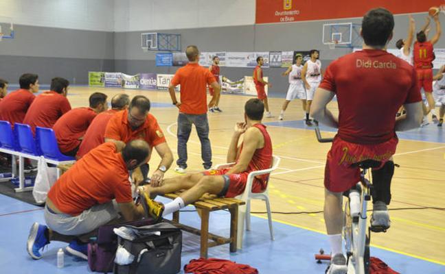 El Multiópticas Baza debuta en casa con derrota ante el CB Almería