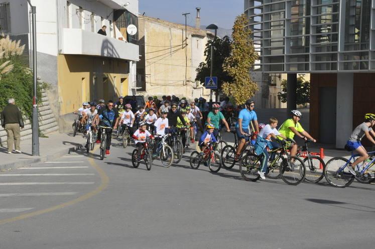 Baza celebra el día de la Bicicleta