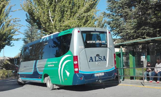 El ayuntamiento de Baza licita de nuevo el servicio de autobús urbano y dobla la subvención