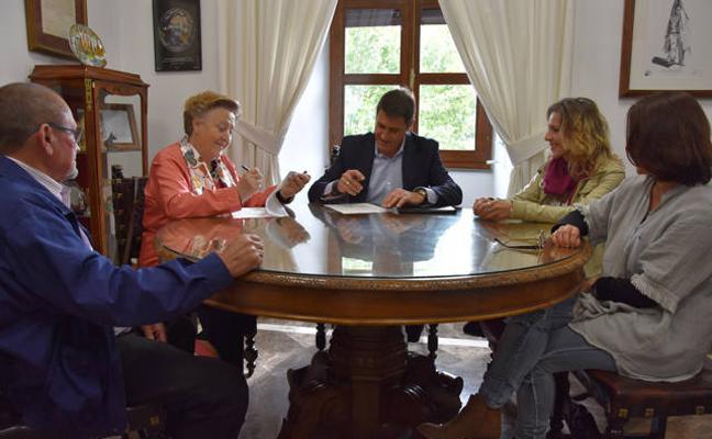 Junta y Ayuntamiento garantizan la continuidad del Centro Comarcal de Adicciones de Baza