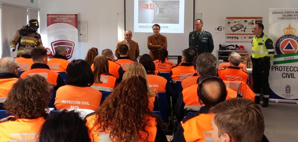 Voluntarios de Protección Civil de toda la provincia se forman en Baza en seguridad vial