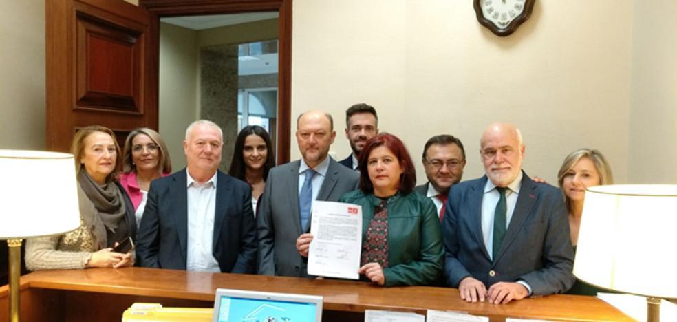 El PSOE pregunta al Gobierno sobre la negativa de construir la línea eléctrica de 400Kv entre las provincias de Almería y Granada