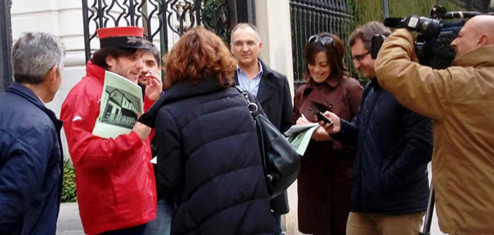 Amigos del Ferrocarril exige 1.620.000 euros para el estudio informativo de la línea férrea Lorca – Baza –Guadix