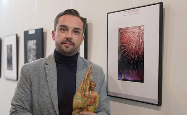 Pablo G. García recibe el premio a la mejor fotografía de la Feria de Baza 2017
