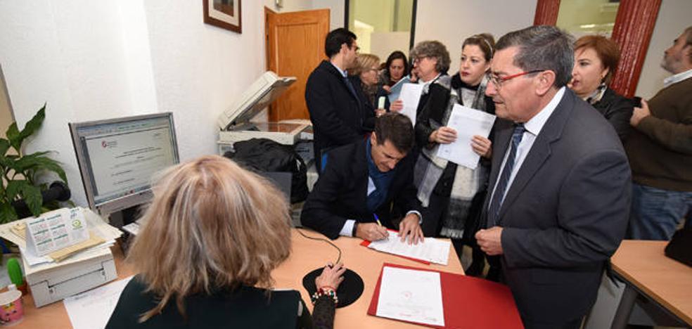 Alcaldes, Junta y Diputación hacen frente común para pedir la línea de 400kV