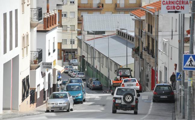 Ayuntamiento y Junta invierten 2,5 millones en el eje Reyes Católicos, carretera de Benamaurel y nueva estación de autobuses
