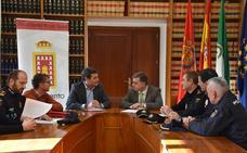 El alcalde y el subdelegado del Gobierno abordan la seguridad en Baza tras los últimos sucesos