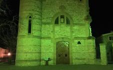 Puebla ilumina de verde la ermita de las Santas el Día Mundial contra el Cáncer