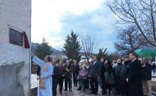 El Obispo de la diócesis se despide de La Puebla inaugurando el paseo de San José