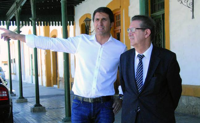El alcalde reivindica el ramal ferroviario de Baza en las jornadas organizadas por FERRMED