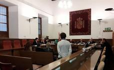 La alcaldesa de Caniles y el expresidente de la Diputación de Granada defienden la legalidad de las licencias investigadas