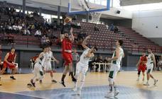 El Multiópticas Baza se despide con victoria ante el Real Betis 69-56
