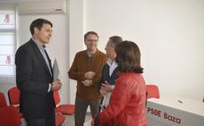 Pedro Fernández Peñalver anuncia su intención de encabezar la candidatura del PSOE a la alcaldía de Baza