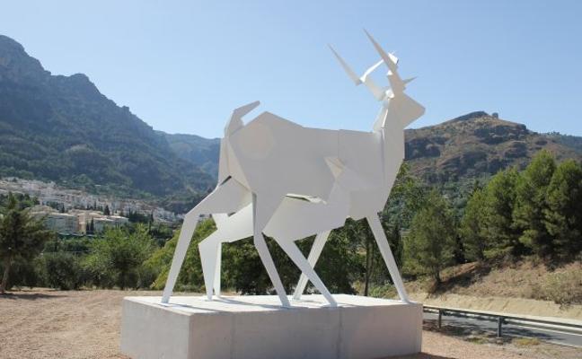 Una nueva escultura recibirá a los visitantes de Cazorla