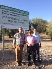 Diputación mejora el ancho y la señalización de la vía de acceso al paraje natural de El Chorro en Quesada