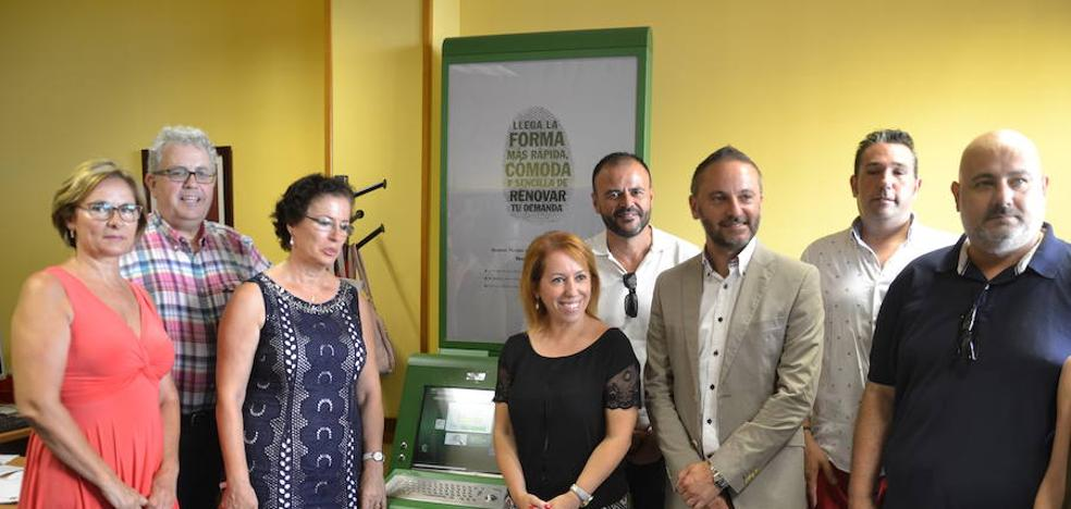 Más de 20.000 personas hacen uso de los 80 Puntos de Empleo de la Junta de Andalucía
